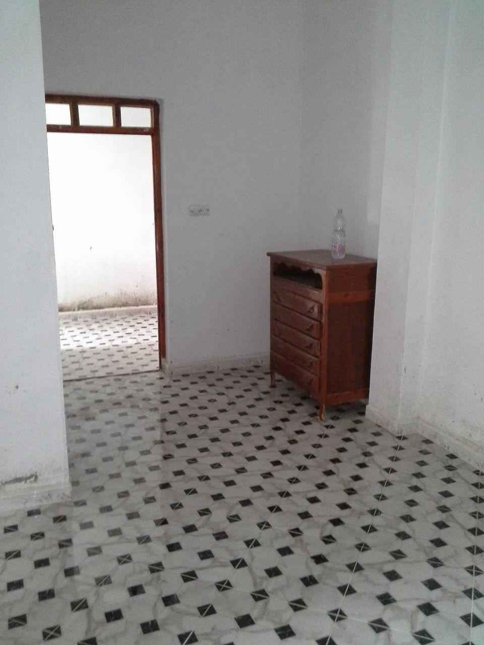 vente niveau de villa batna batna alg rie. Black Bedroom Furniture Sets. Home Design Ideas
