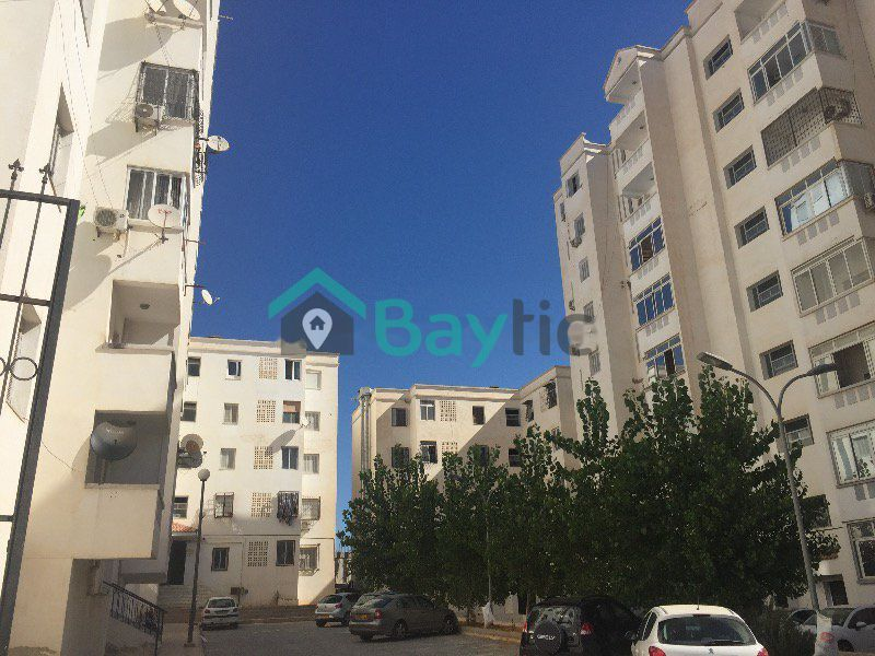 Location Appartement F4  El achour