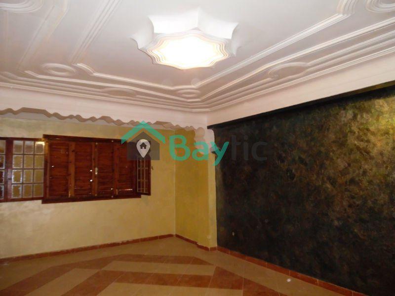 vente villa ain el turk oran alg rie. Black Bedroom Furniture Sets. Home Design Ideas
