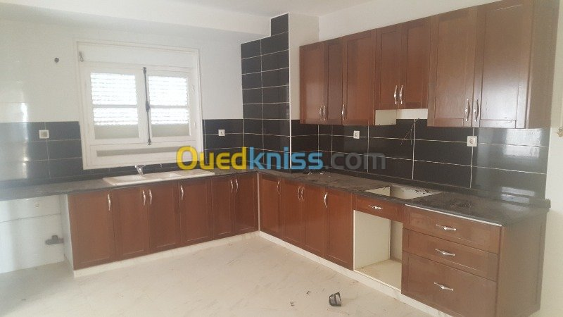 Location Appartement F4 Residence Tipaza Fouka